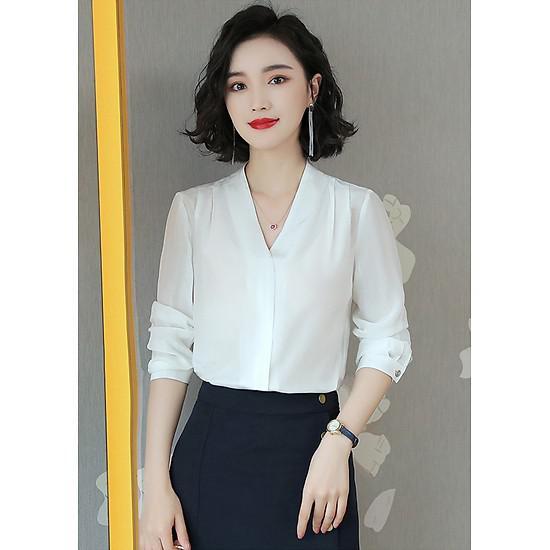 Lựa chọn vải may đồng phục áo sơ mi nữ công sở cho mùa hè